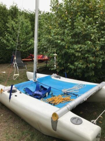 Catamaran hobiecat 12